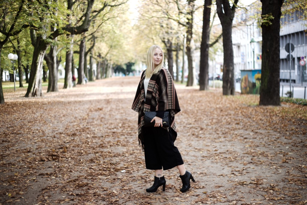 culottes_poncho_autumn_herbst_fashion_mode_cologne_köln_fashionvernissage_2065