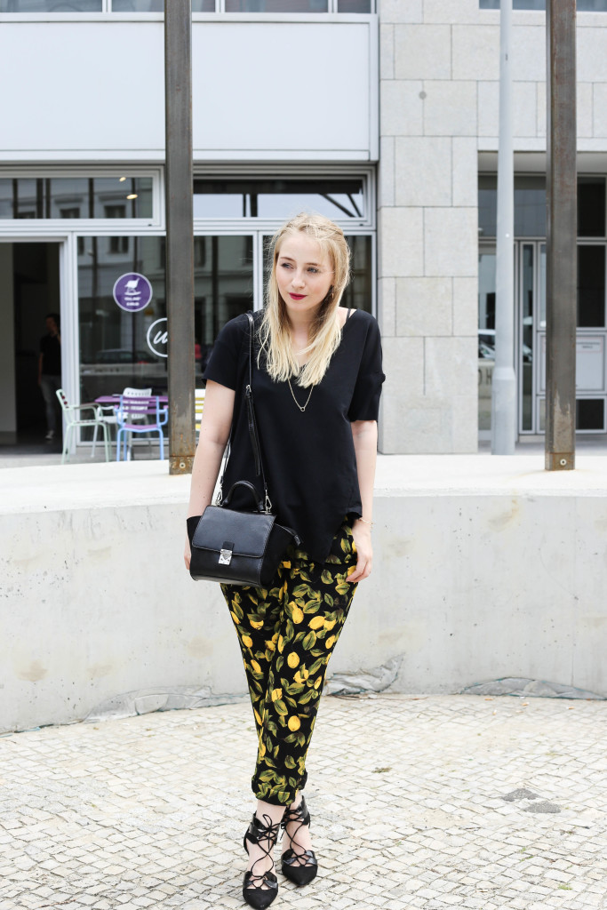 zitronenhose-fashionblogger-berlin-outfit-modeblogger-köln_0955