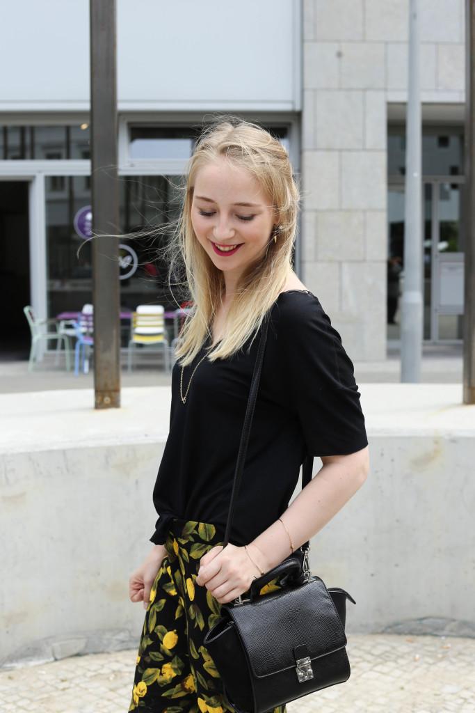 zitronenhose-fashionblogger-berlin-outfit-modeblogger-köln_0990
