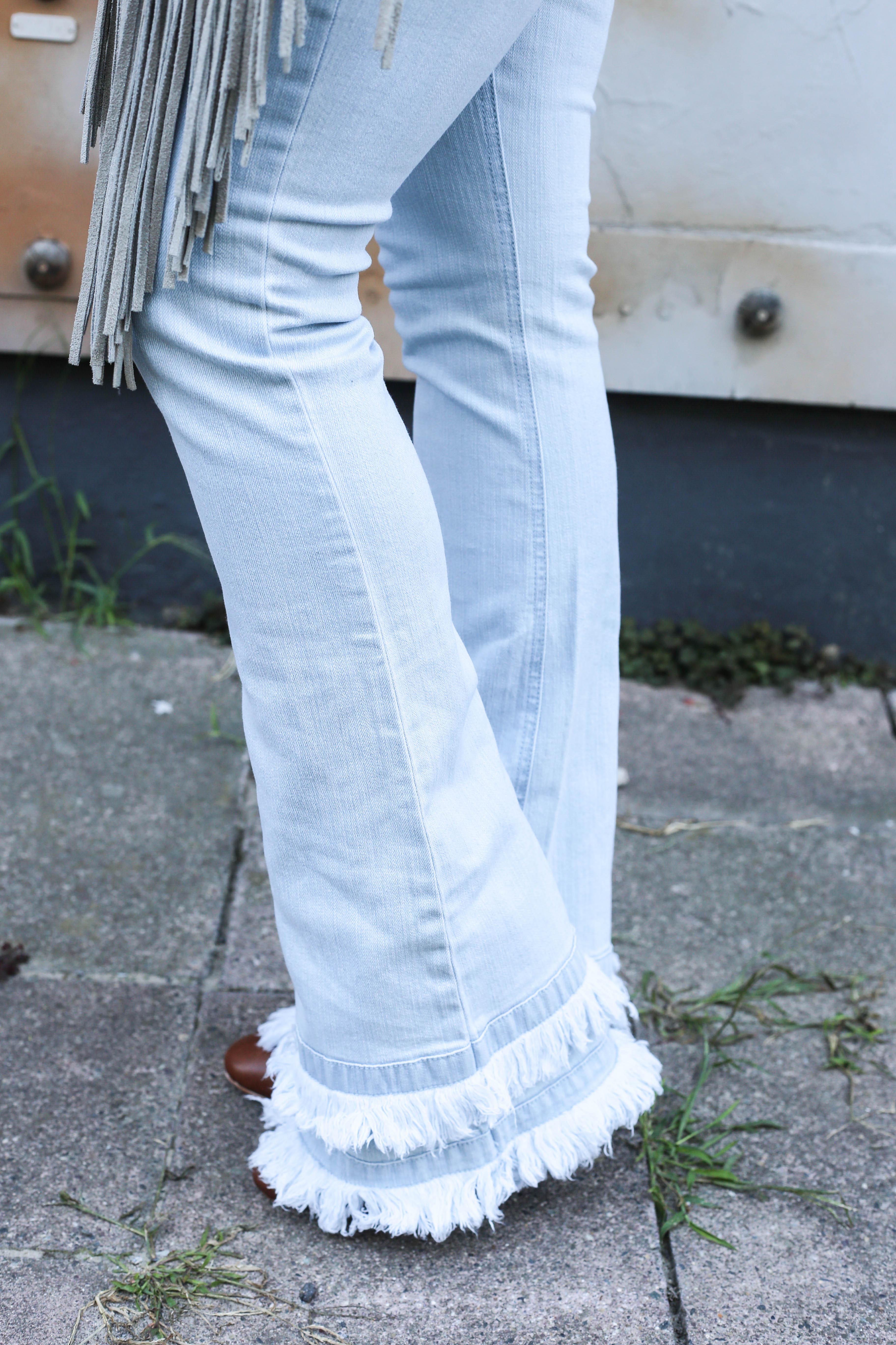 festival-look-fashionblog-berlin-modeblog-outfit-schlaghose-flared-jeans_1683