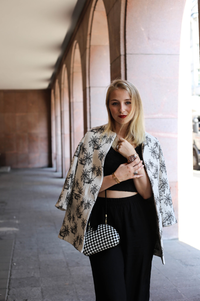 palmen-jacke-outfit-fashionblog-cologne-berlin-koeln-ootd-allblackeverything_3383