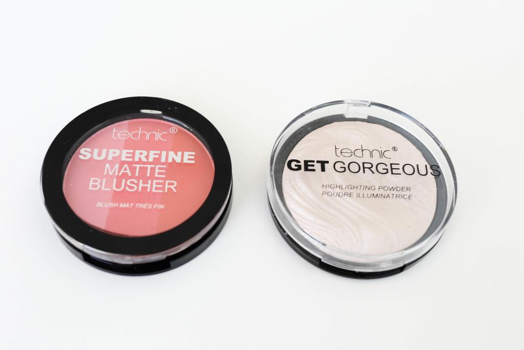 technic-produkte-kosmetik-beauty-erfahrung-review-swatch_3542
