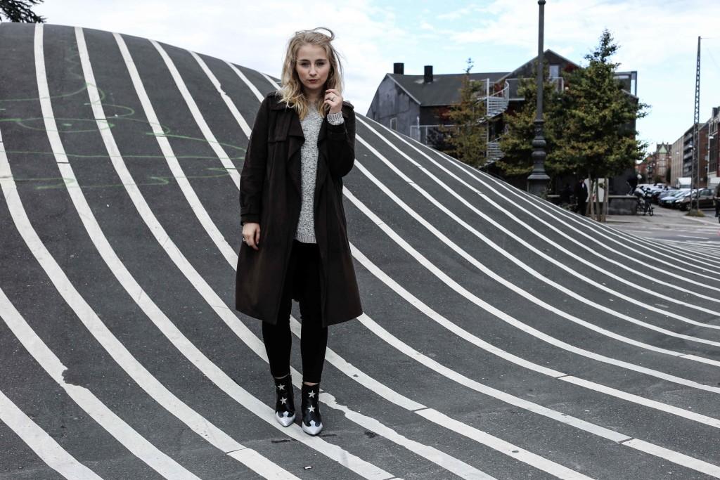 superkilen-outfit-kopenhagen-denmark-daenemark-copenhagen-modeblog-fashionblog_4673