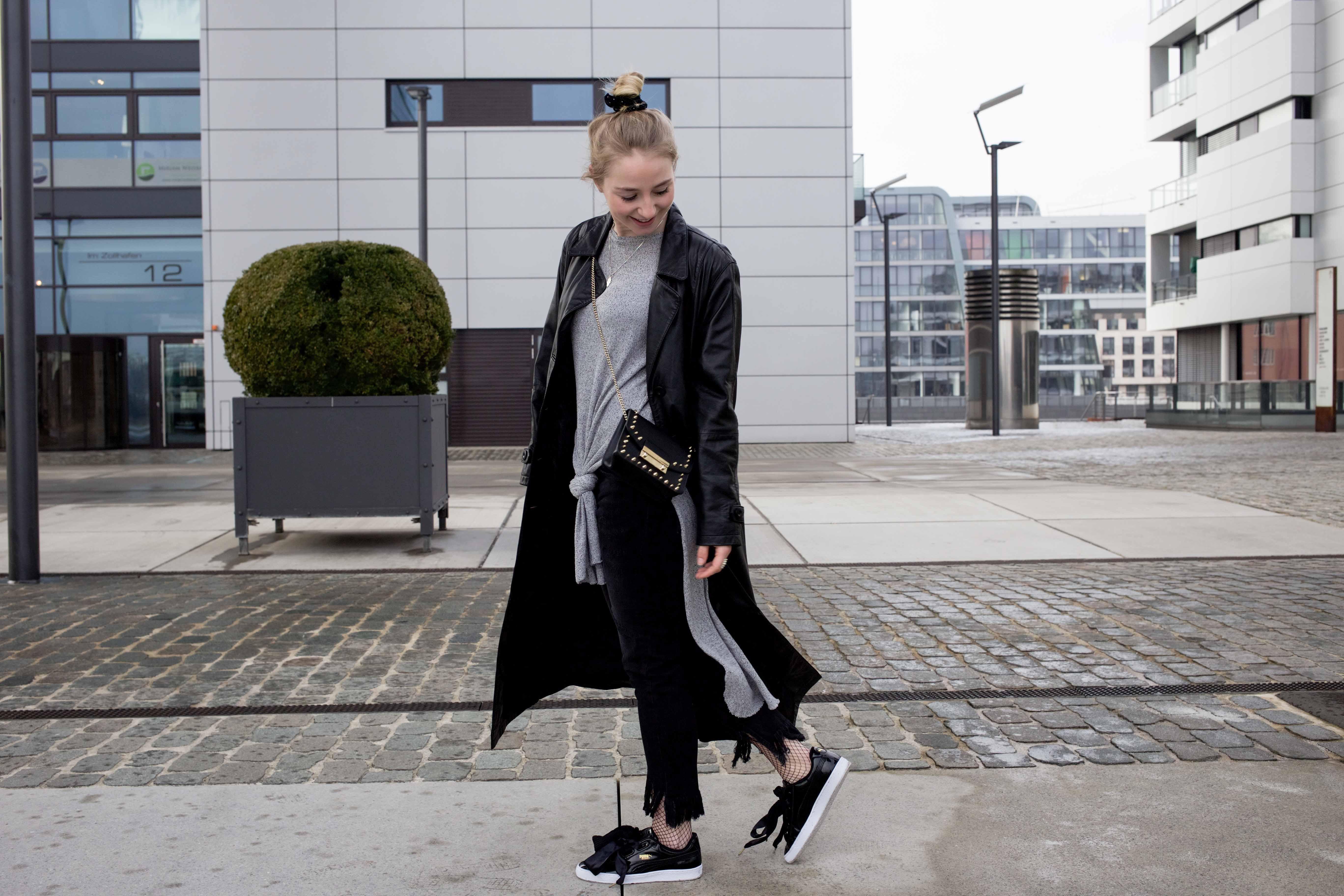 Netzstrumpfhose-kombinieren-Trend-Outfit-Fashionblog-PUMA-Basket-Ledermante_9485