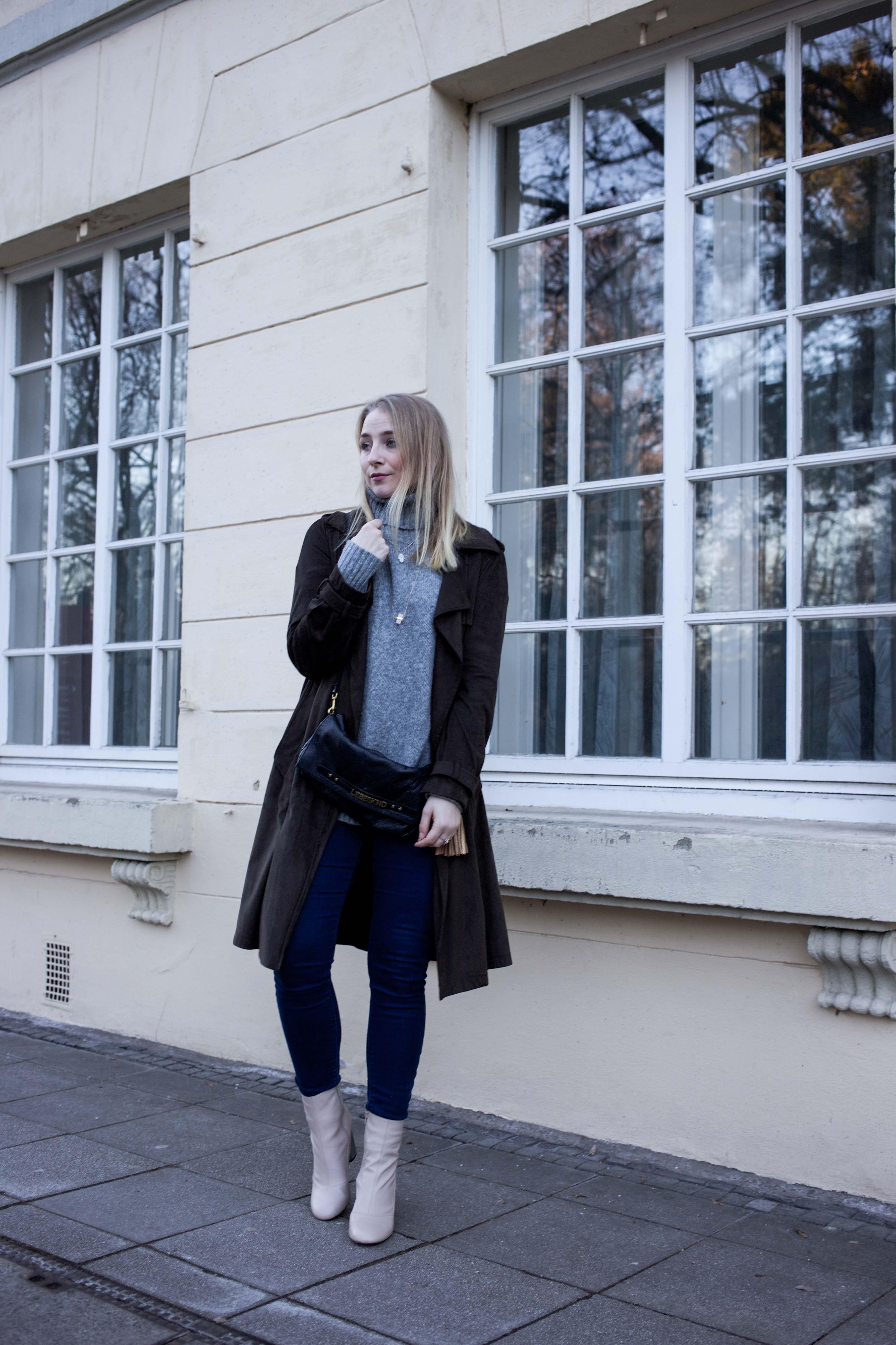 turtleneck-trench-coat-streetstyle-modeblog-fashionblog-bonn-berlin-köln-lederstiefel-silberabsatz-outfi_9223