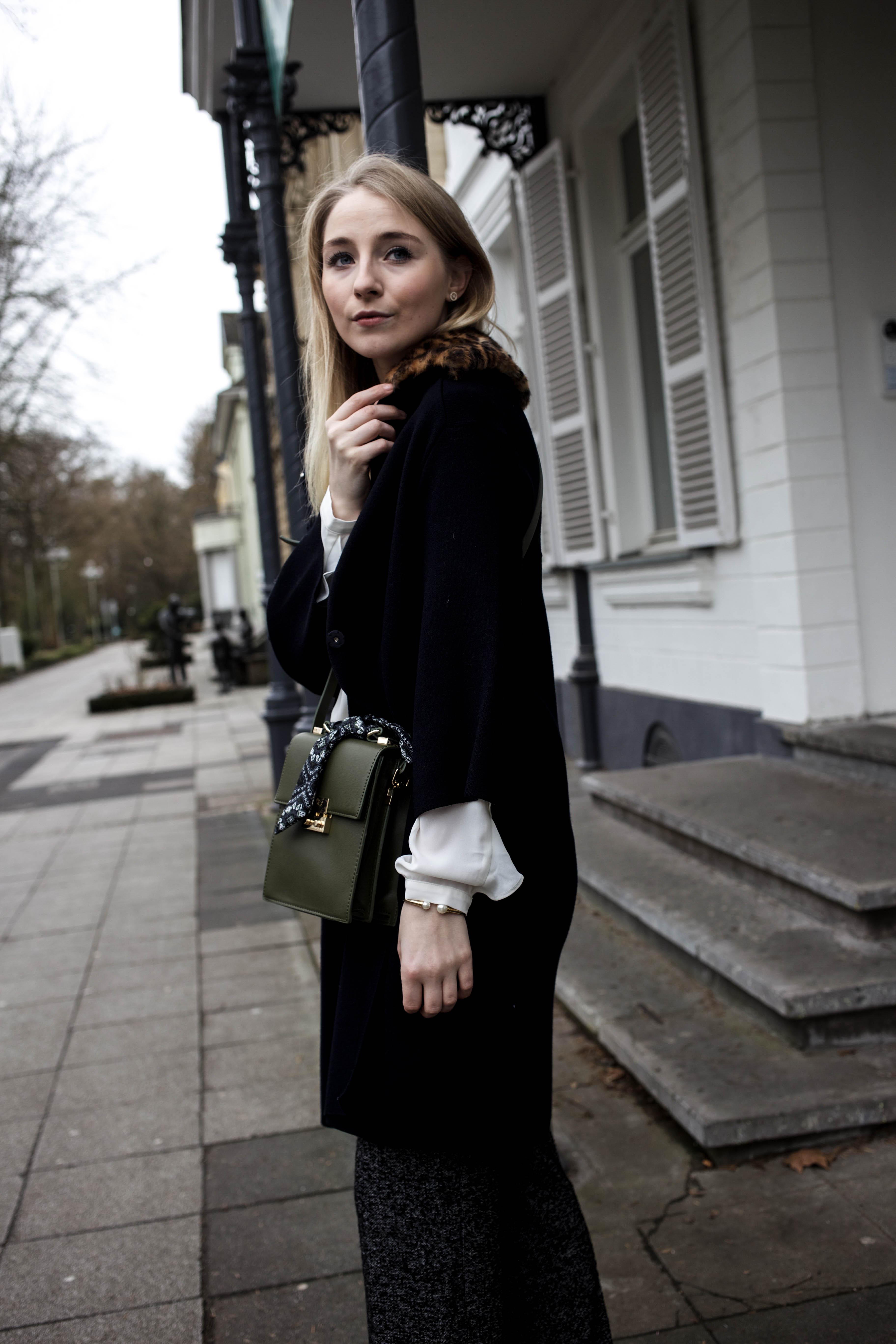 marlenehose-kombinieren-streetstyle-look-modeblog-fashion-blog-cologne-berlin-bonn_0036