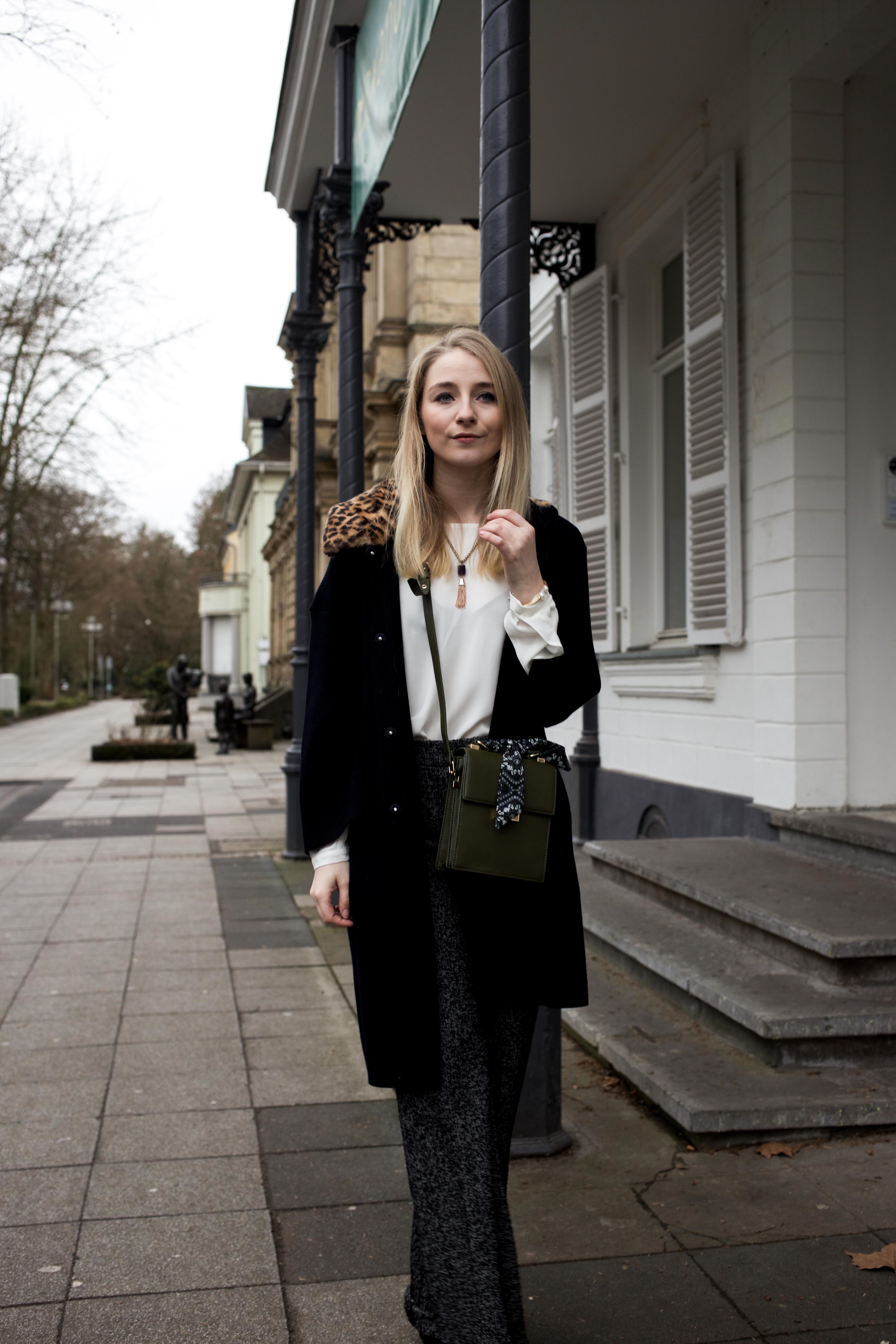 marlenehose-kombinieren-streetstyle-look-modeblog-fashion-blog-cologne-berlin-bonn_9937
