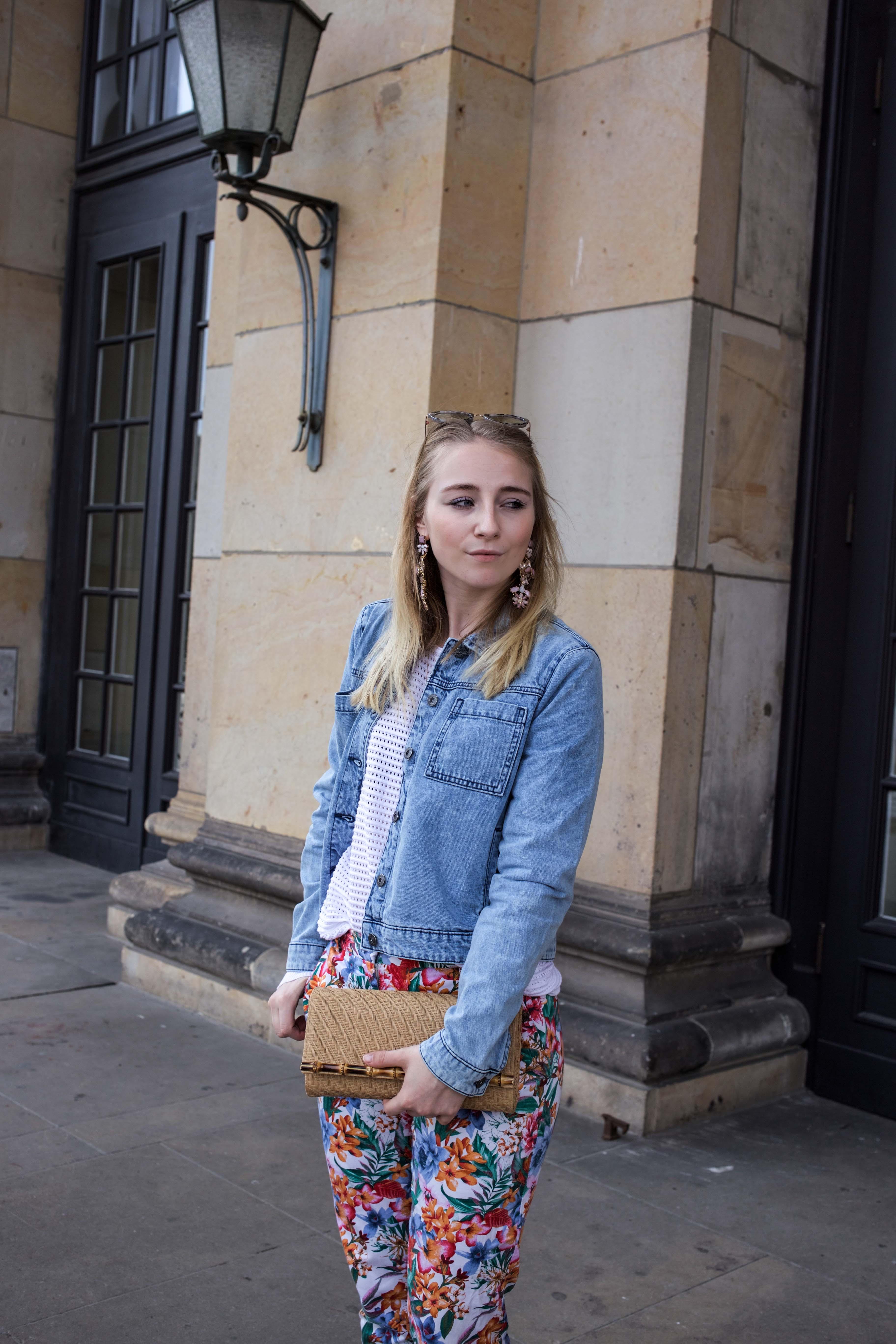 colorful-spring-destroyed-jeansjacke-frühling-berlin-fashionblog-IMG_5879