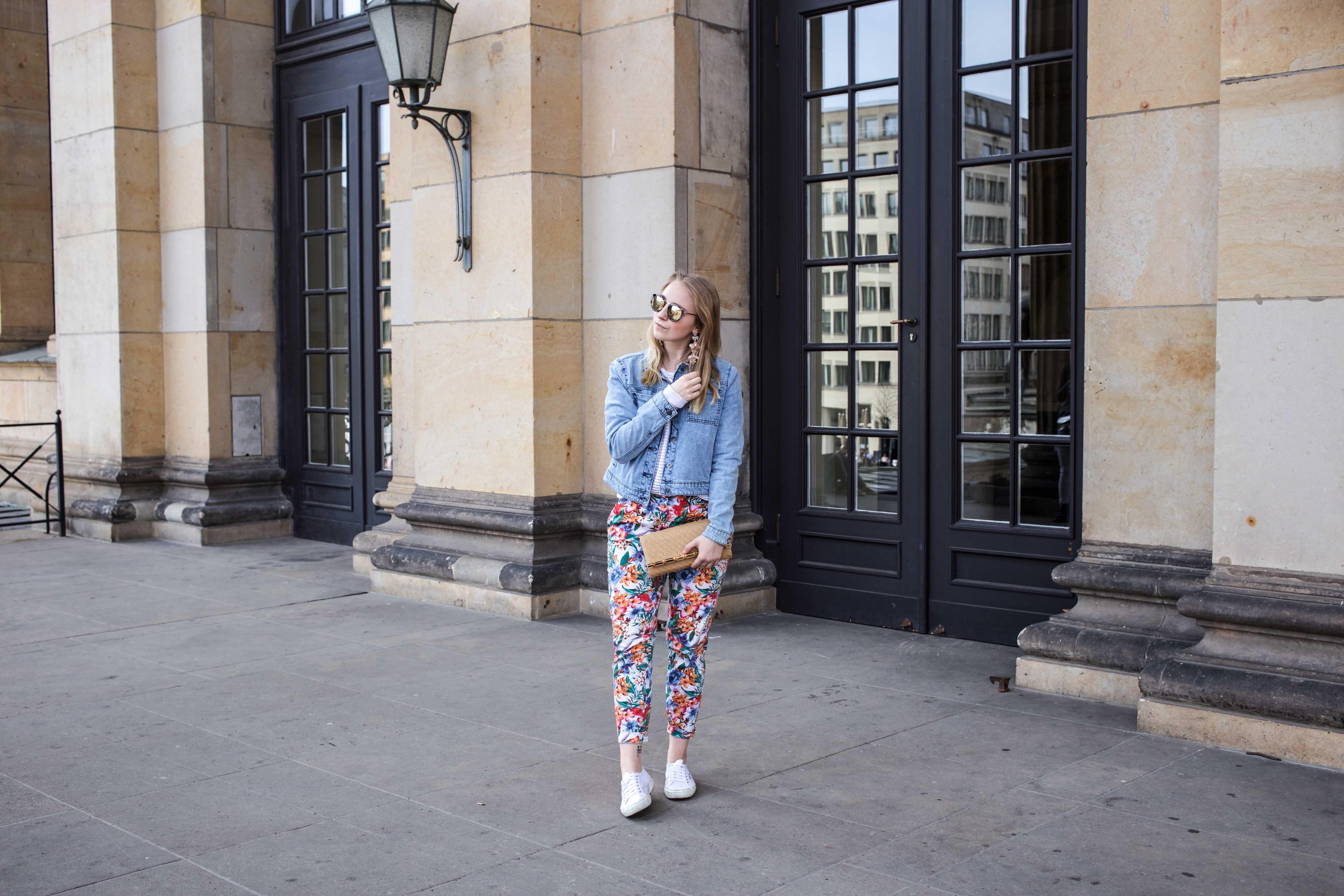 colorful-spring-destroyed-jeansjacke-frühling-berlin-fashionblog_5863