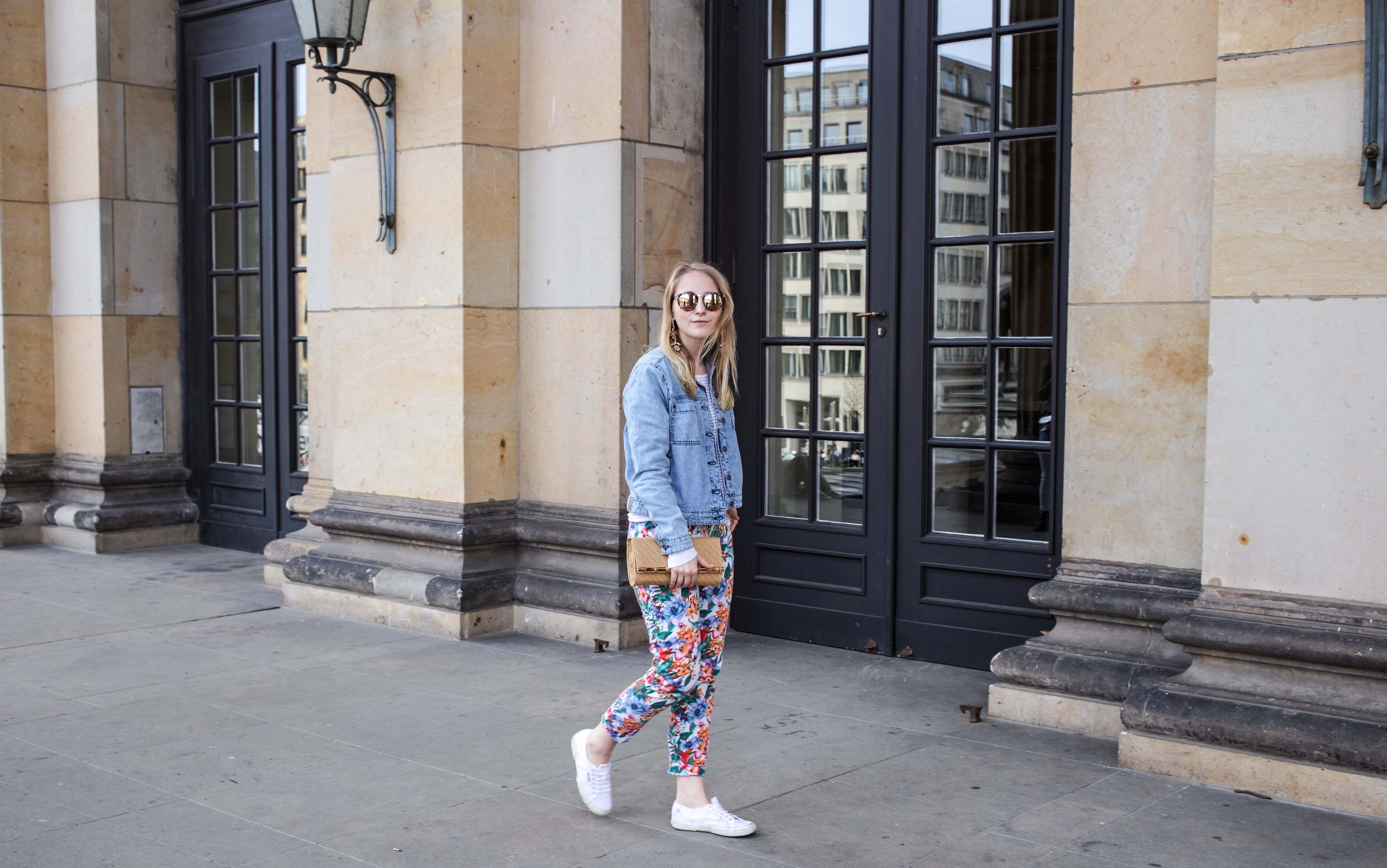 colorful-spring-destroyed-jeansjacke-frühling-berlin-fashionblog_5866