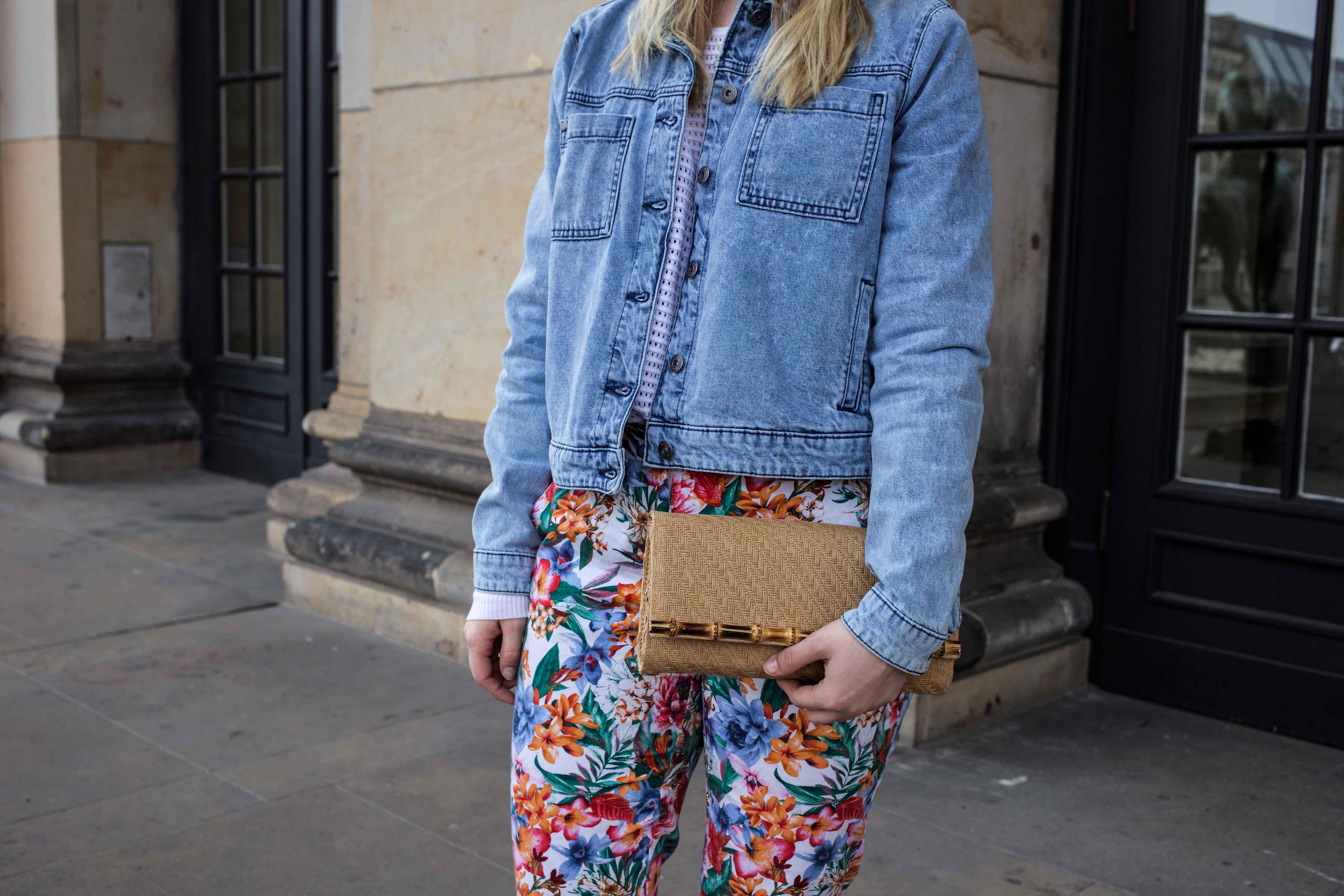 colorful-spring-destroyed-jeansjacke-frühling-berlin-fashionblog_5894