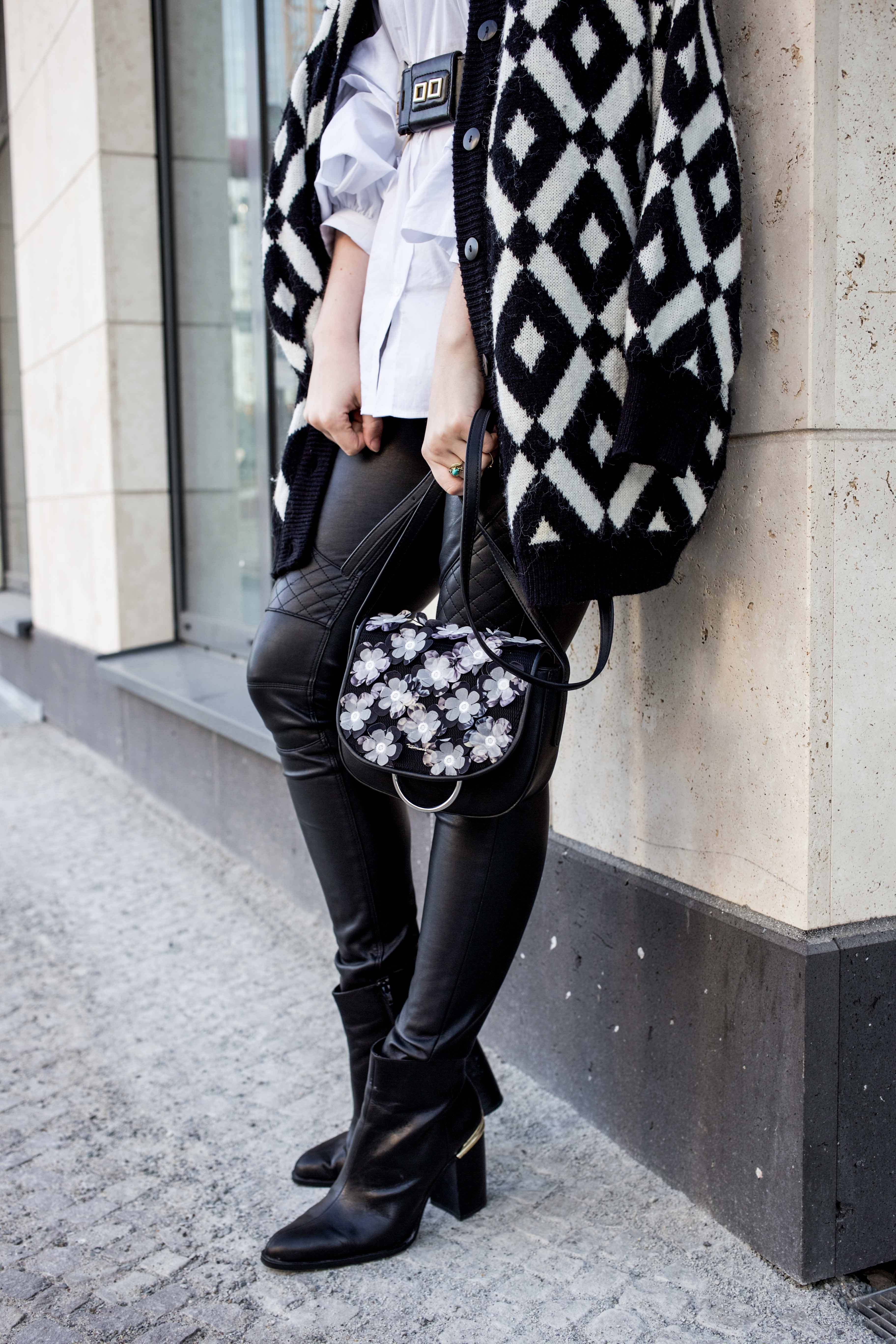 trendreport-weiße-bluse-trompetenärmel-fashionblog-ootd-modeblog-berlin_8836