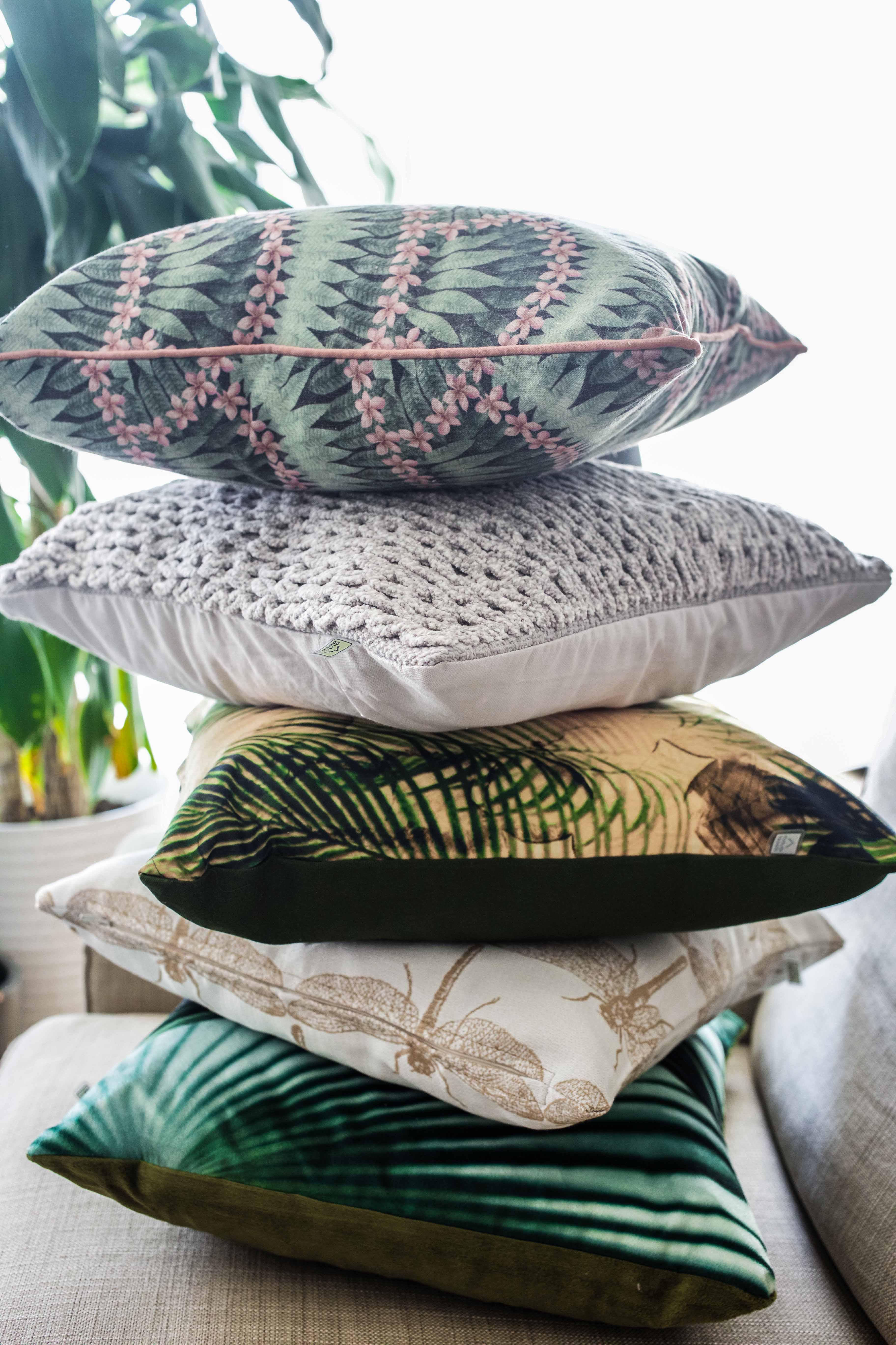 sofa-kissen-jungle-interior-inspiration-möbel-einrichtung_8298