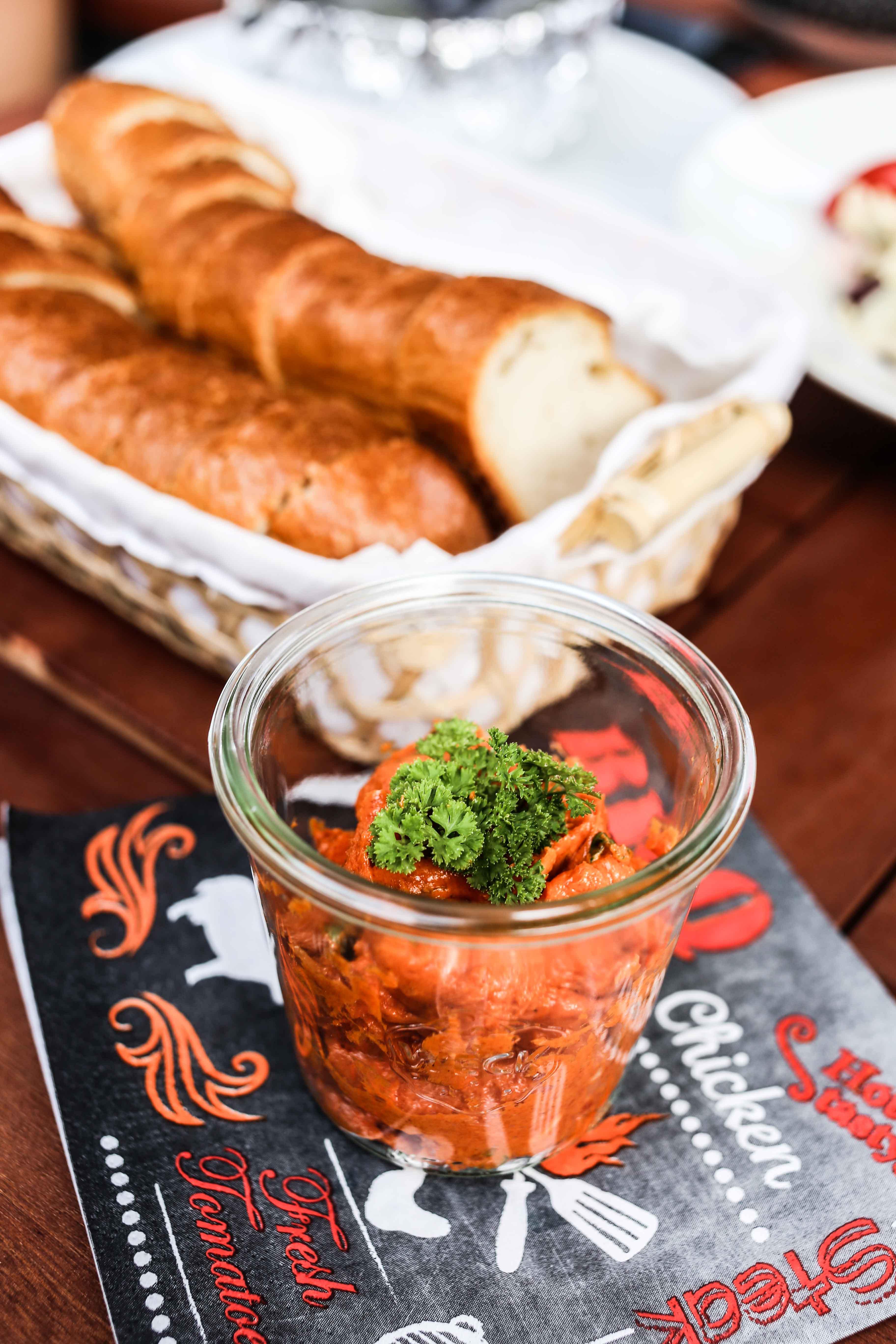 einfache-tomatenbutter-rezept-lecker-schnell-grillen-food-foodblog_1254