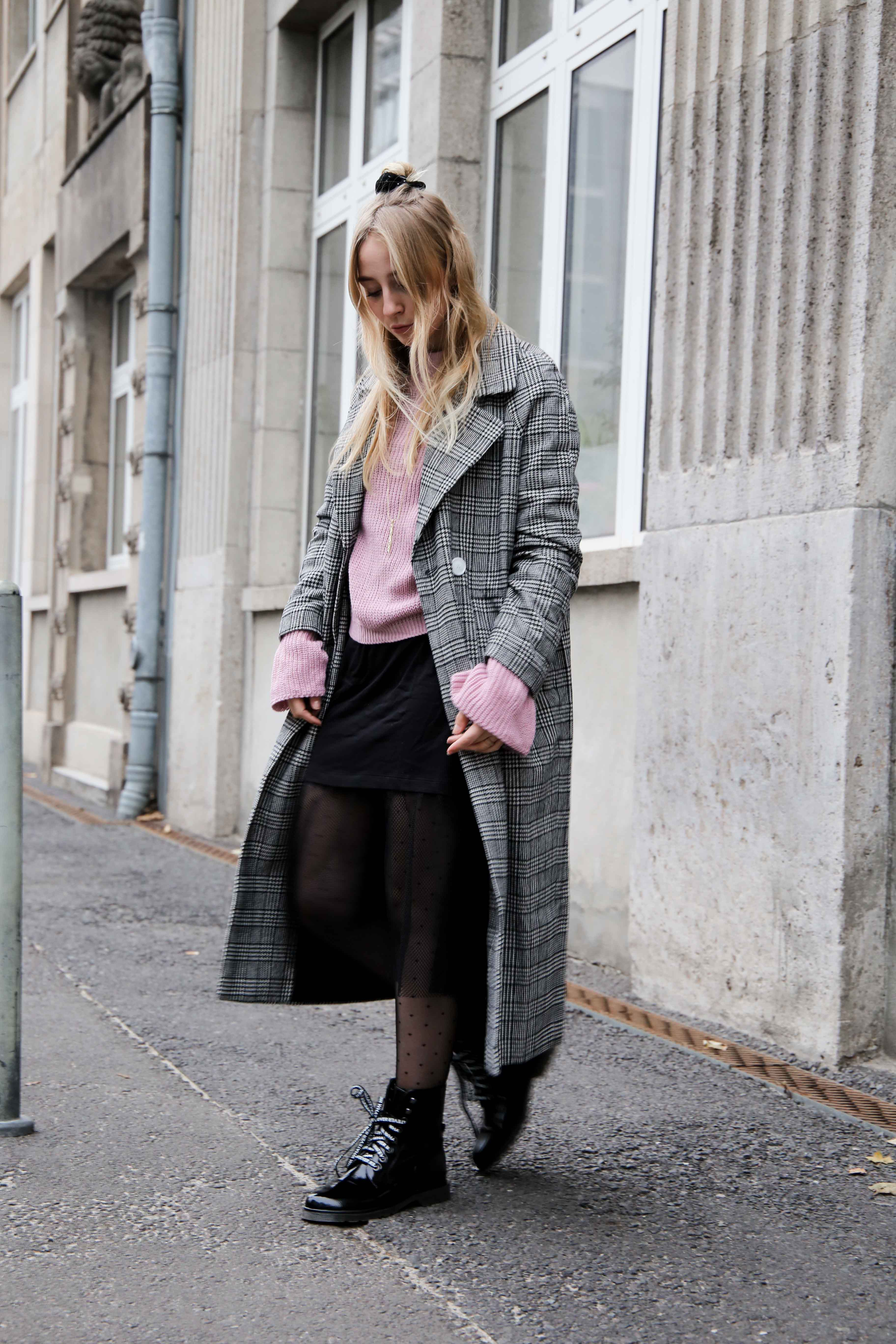 herbst-outfit-glencheck-muster-mantel-mode-blog-berlin