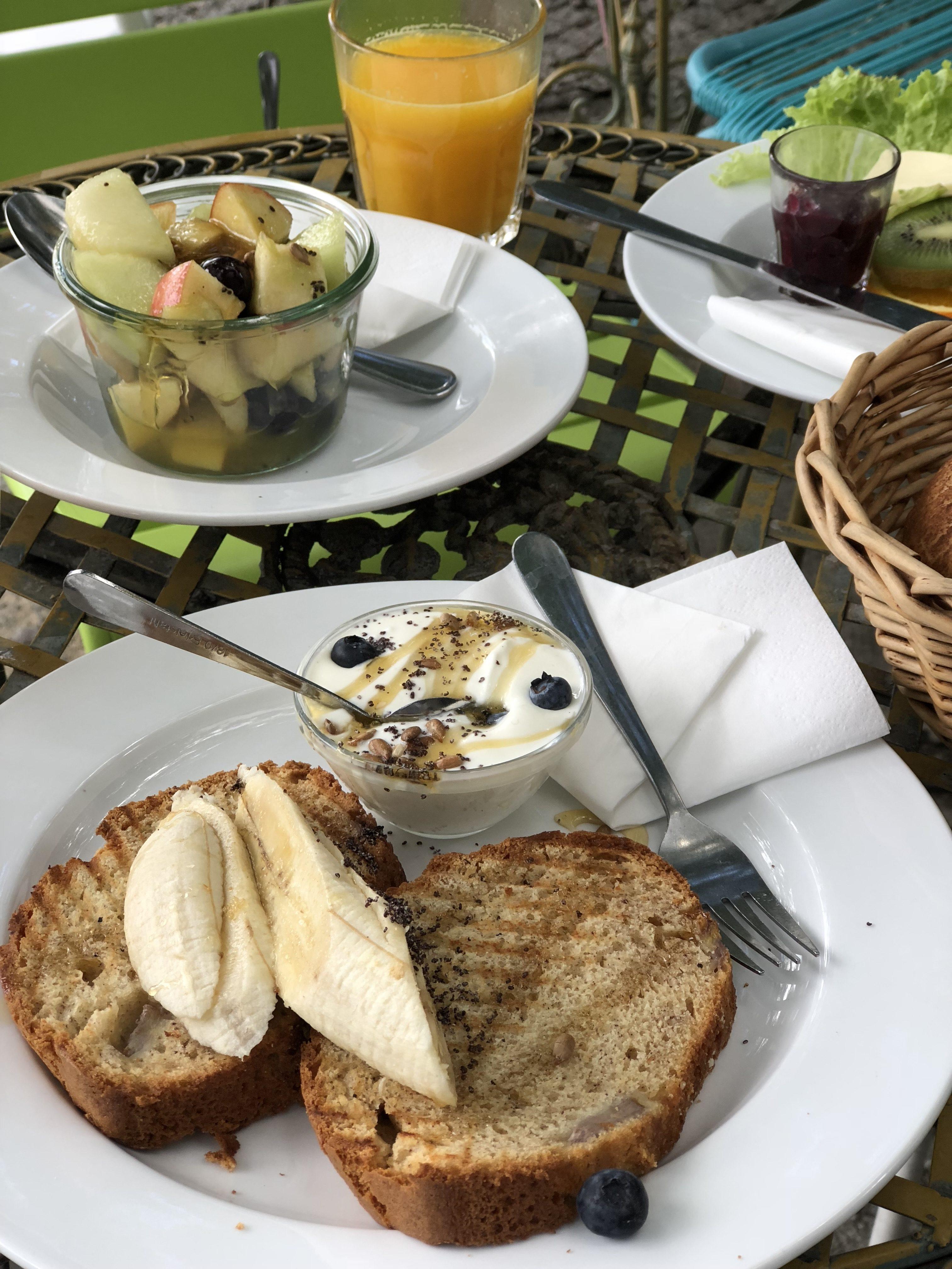 cafe ahorn berlin frühstück bananenbrot